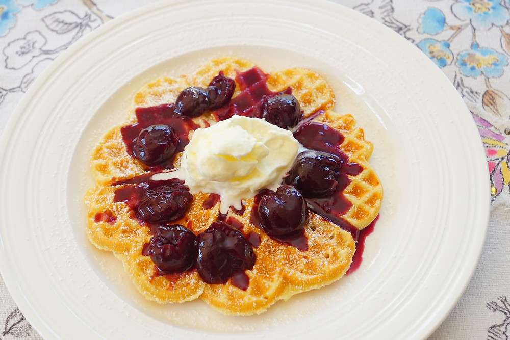 Waffles - Mostly Beige - Recipes for difficult eaters