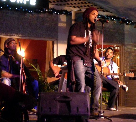 'The Smokin' Jacket', Carlos Cafe, Kingston, Jamaica (03.01.11) (7)