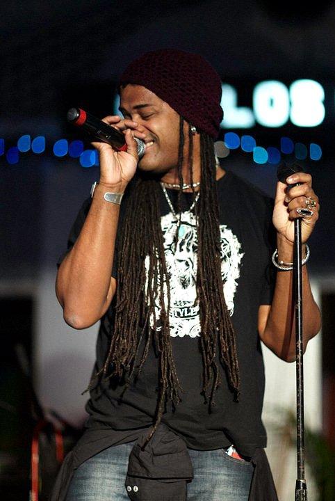 'The Smokin' Jacket', Carlos Cafe, Kingston, Jamaica (03.01.11) (3)