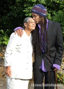 Gloria & Andru Donalds, 2009