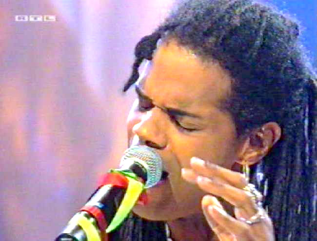 'Top Of The Pops', German TV, 1999 (1)