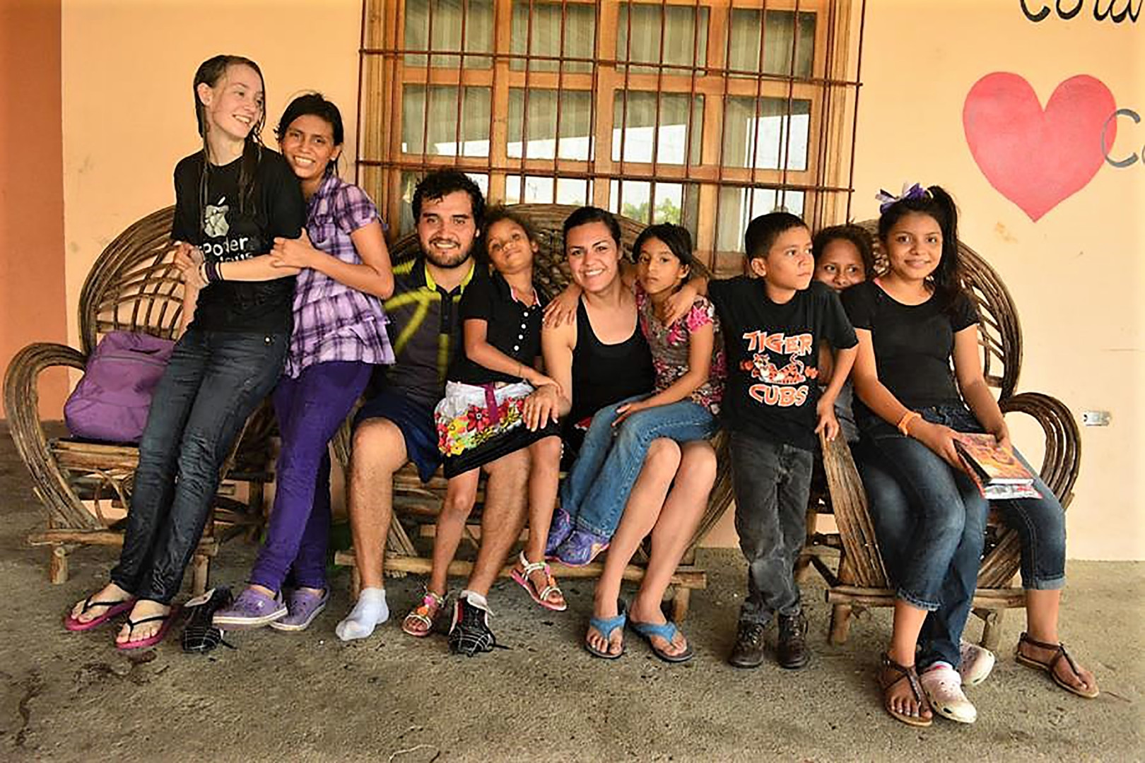Alana and Gerardo Ramirez with the kids in Tegucigalpita