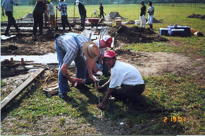 Construction Team from Castle Rock in Tegucigalpita. February 19th, 2001