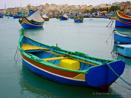 The boats of Malta (World-05)