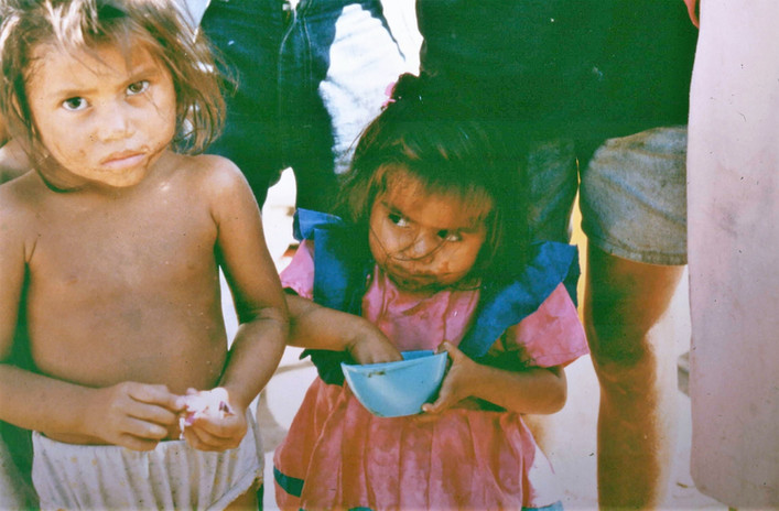 Kids living at the garbage dump and looking for food
