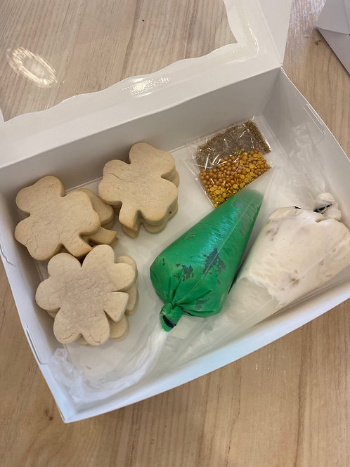 DIY Cookie Sets St. Patty's Day