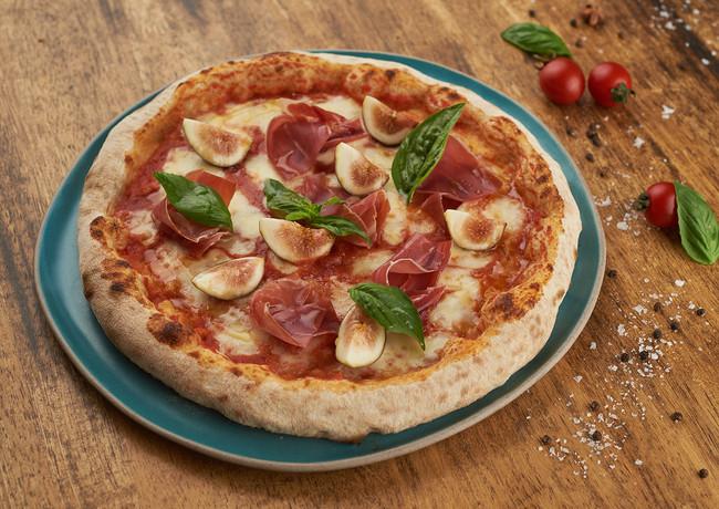 Iberico ham & figs pizza.jpg