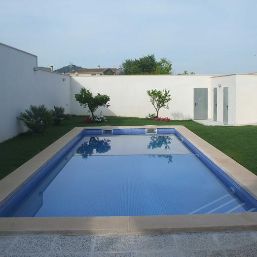 Petra piscina