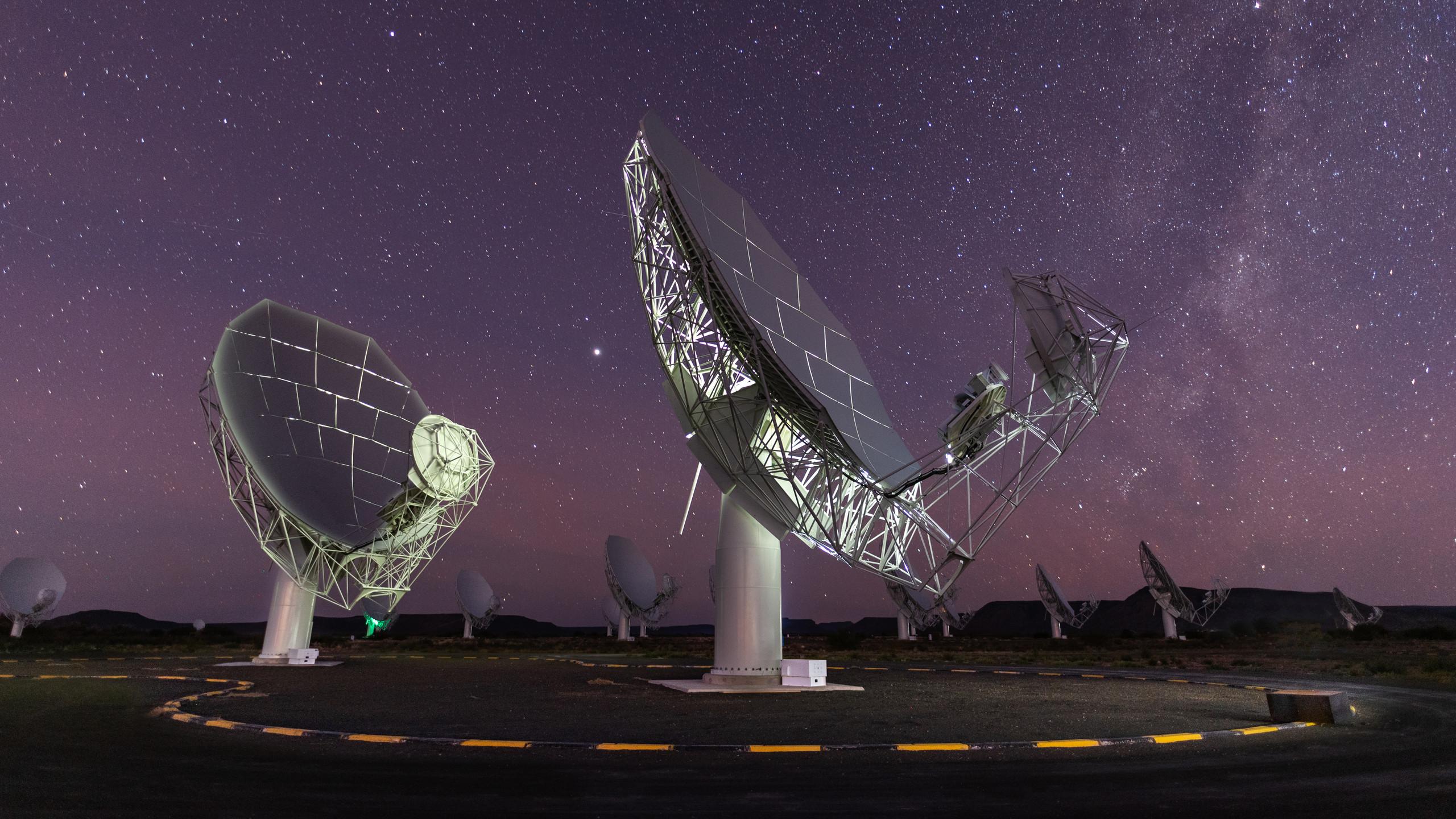 Night sky above Meerkat dishes