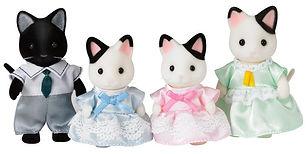 Calico Critters Tuxedo Cat Family-min.jp