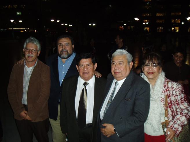 Entrega Medalla Mozart. Juan Rivero, Manuel Zepeda, Miguel Vélez, Roberto Bravo y Claudia Bandala
