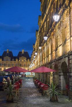La place ducale by night