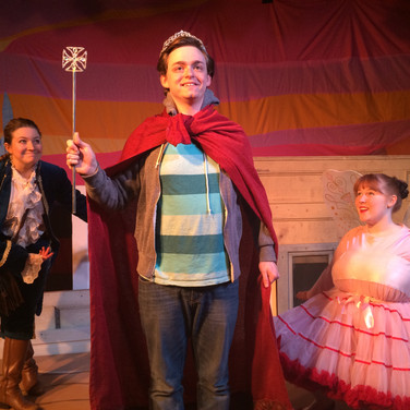 THE QUEST OF QUEEN THOMAS 2014