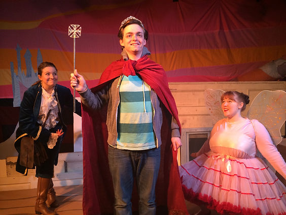 The Quest of Queen Thomas by Brit Christopher original cast photo