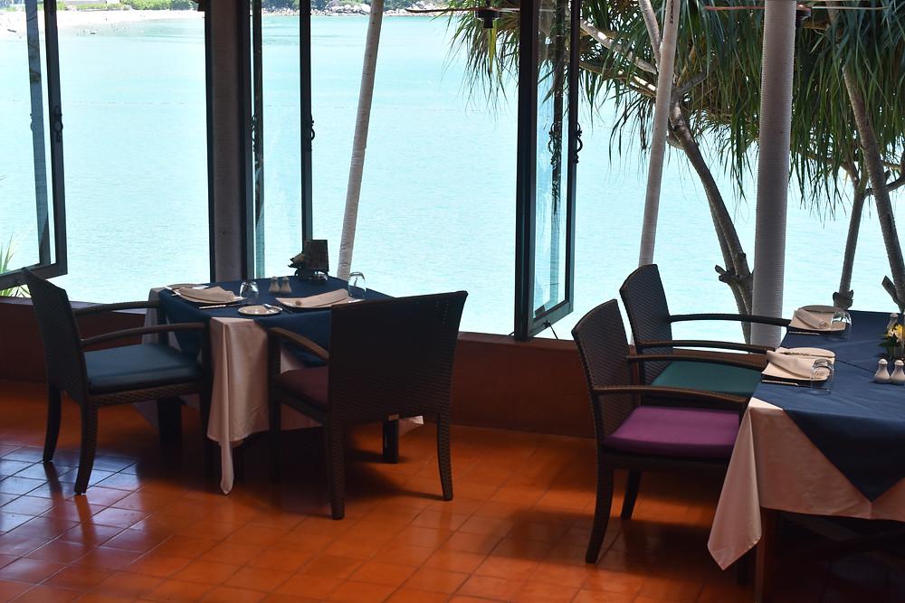 Restaurant avec vue sur la mer à Phuket