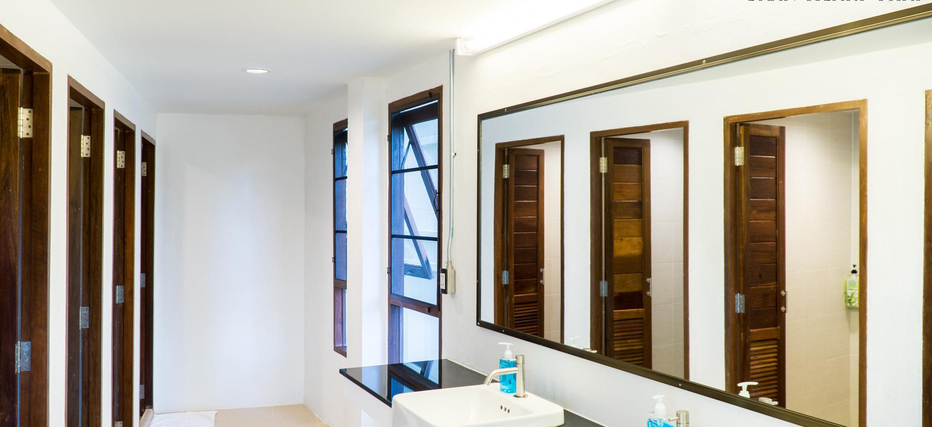 10 Beds Female Dorm Bathroom