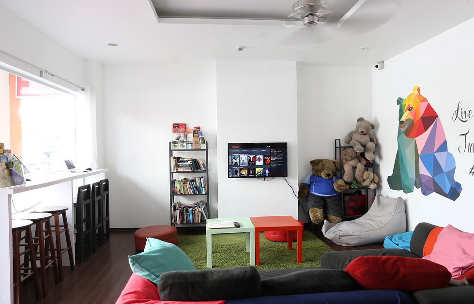 Beary best art deco design budget hostel
