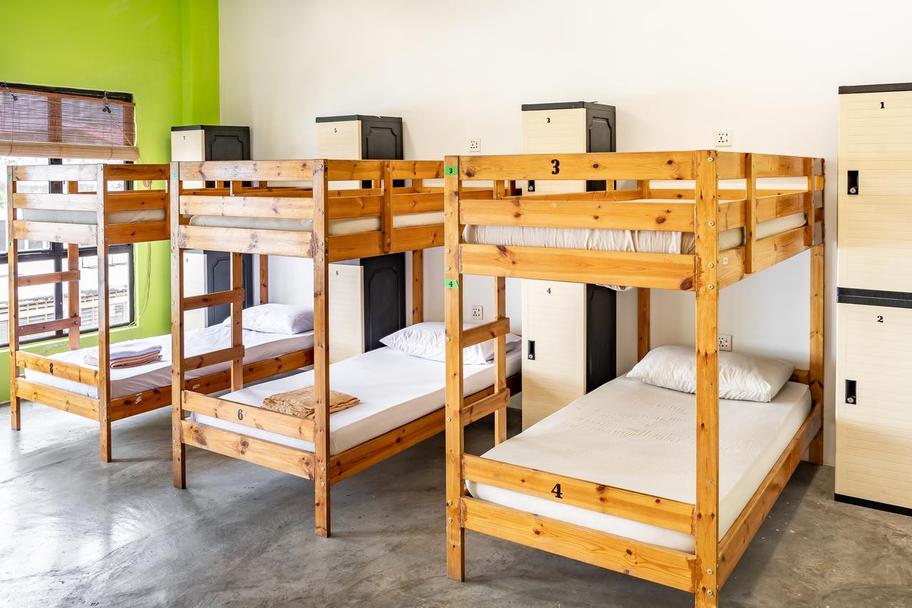 Pods Backpacker KL Dormitory