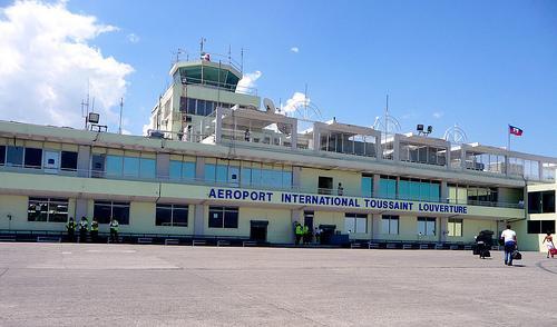 Aeroport International Toussaint Louverture