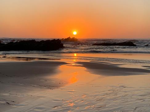 We hope you get to enjoy beautiful sunsets while you're at Casa da Vida II.