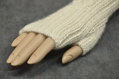 White hand knitted alpaca yarn gauntlets