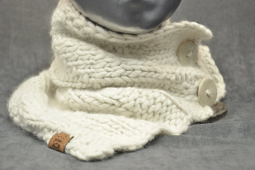 White cowl with two pottery buttons hand knitted in Quebec with natural alpaca yarn