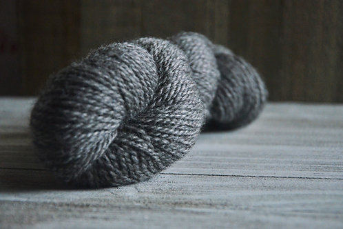 Worsted Yarn - Medium Silver