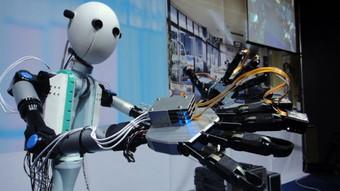 La Universidad Carlos III acerca la ciencia y la tecnología a los estudiantes con Robotic-AULA, en A