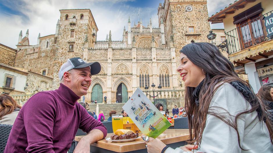 """Cáceres, """"living la vida relax"""" nueva marca turística de Diputación"""