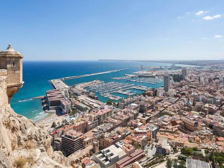 Alicante, cosmopolita y acogedora