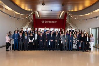 SANFI, Santander y la Universidad de Cantabria lanzan la XXV edición del Máster en Banca y Mercados