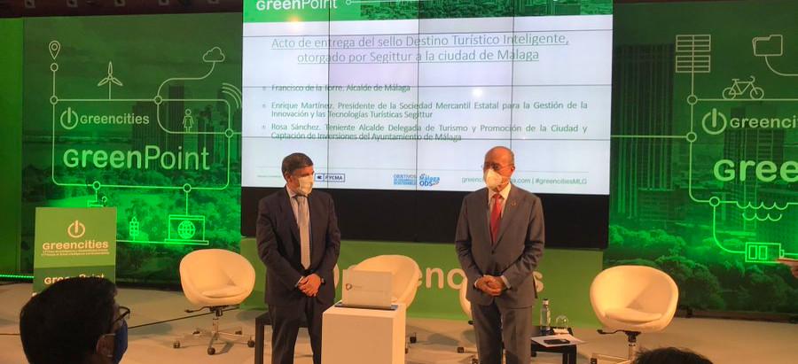 Málaga recibe el distintivo como Destino Turístico Inteligente tras ser evaluado por SEGITTUR