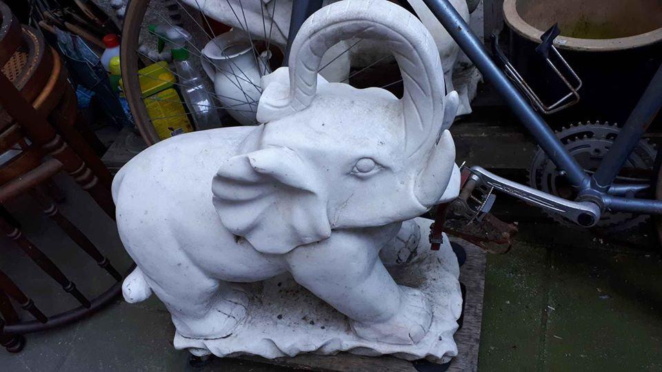 éléphant de  jardin