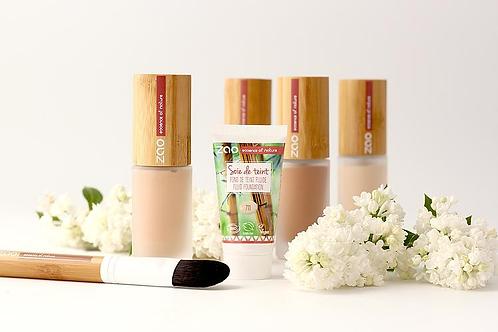 Présentation des crèmes teintées SOIE DE TEINT+ recharge + pinceau applicateur