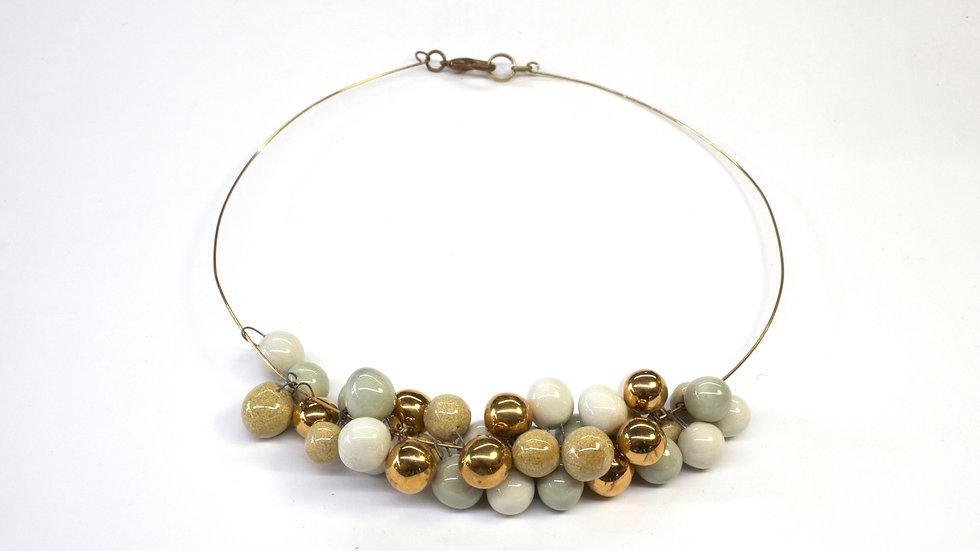 Collana Nuts Sabbia, Celadon, Bianco e Oro