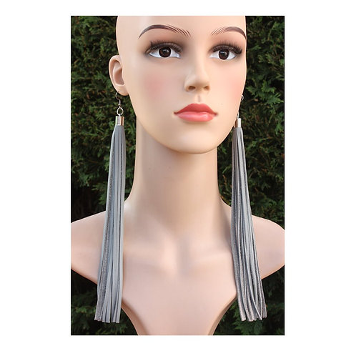 Grey leather earrings with long fringes