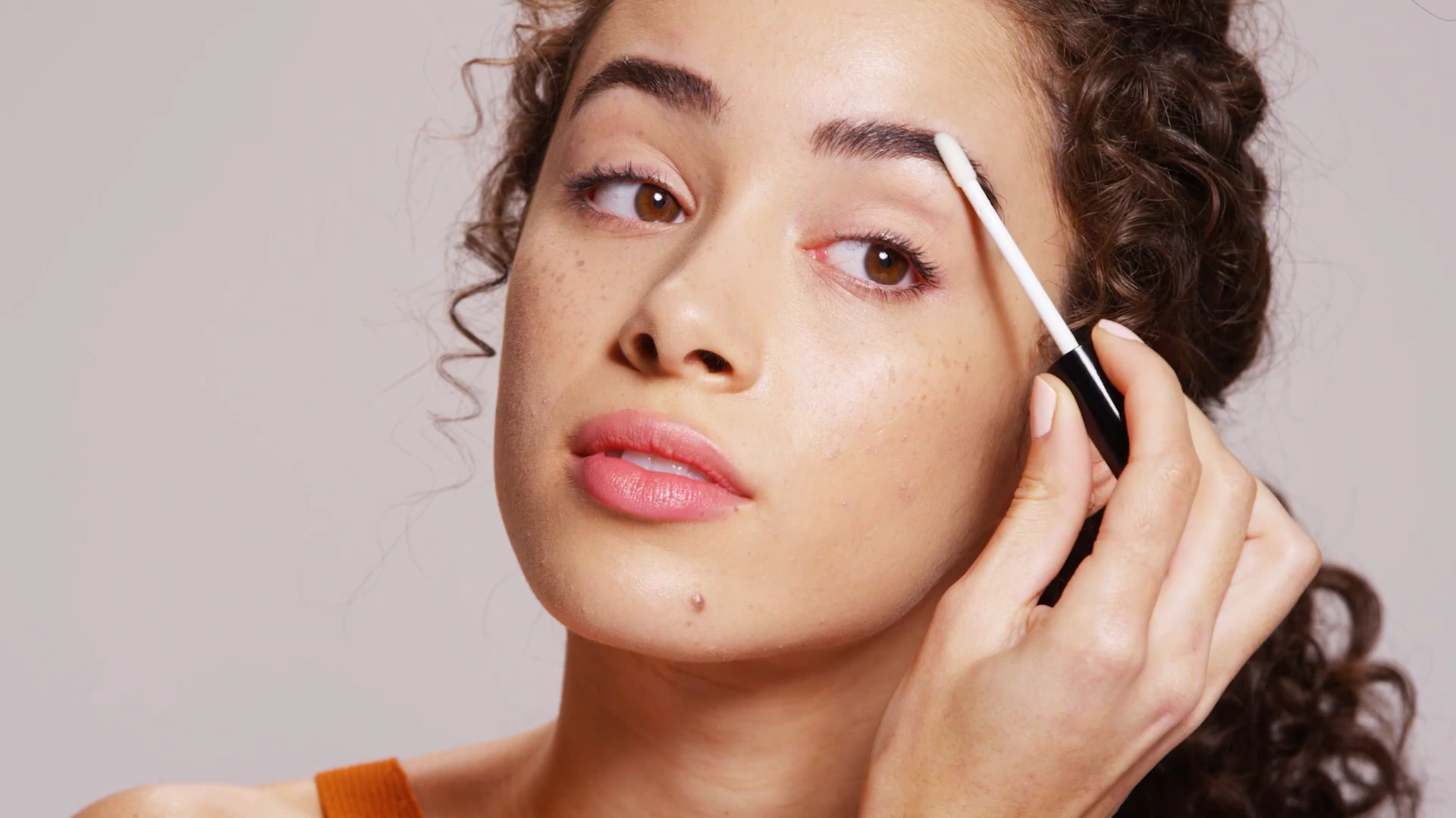 How To Apply Full Lash and Brow Serum