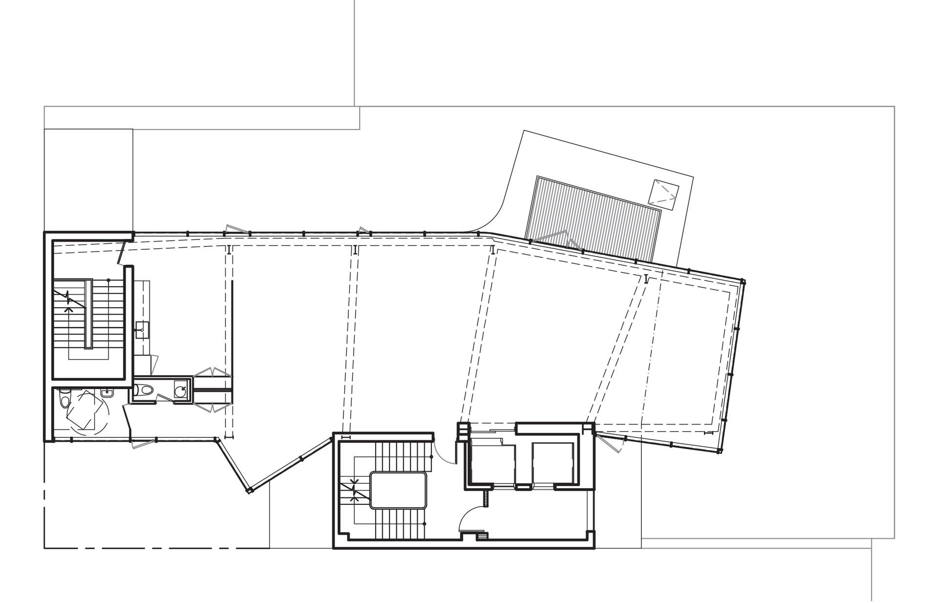Penthouse top floor plan.jpg