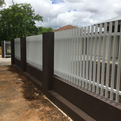 Rendered Pillars and Blade Fencing by Adelaide Fencing Solutions.jpg