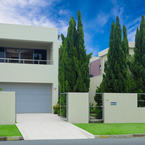 Stylish-modern-house-front-154024738_5482x3654.jpeg