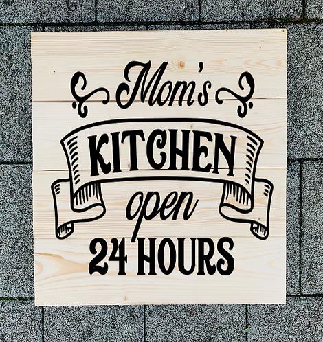 Bastel Box - Mom's kitchen open 24 hrs
