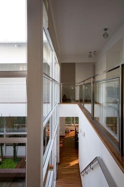 Main Internal Stairs copy.jpg