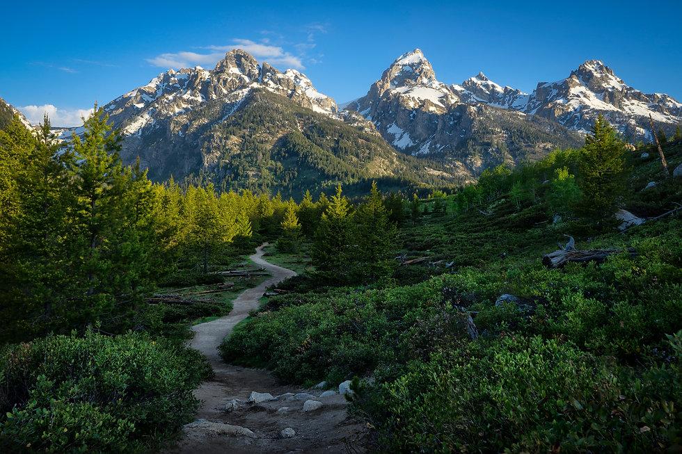 teton-mountain-trail-BW3XQ3Z.jpg
