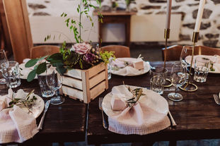 Swiss destination wedding_table setting