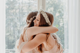 Switzerland city wedding_bridesmaids