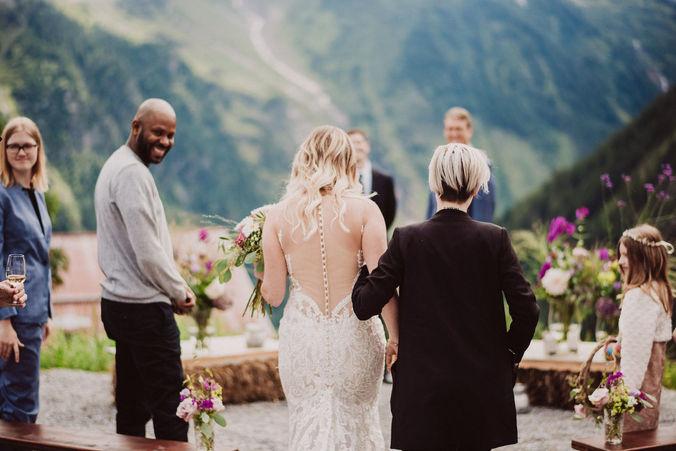 Swiss destination wedding_vows