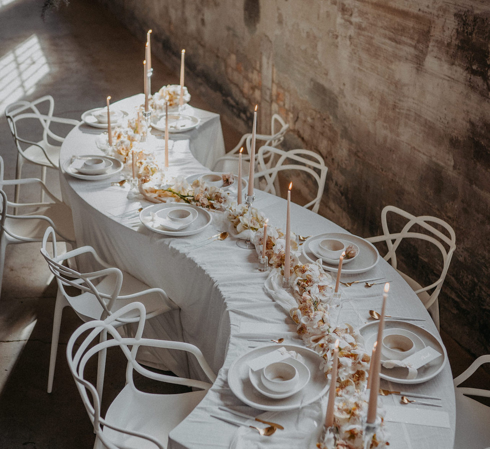 Master Chair_Sneak table_orchids_table d