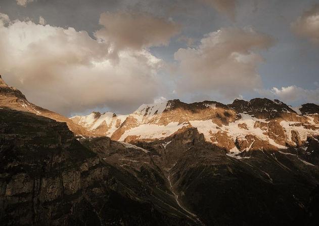 Mountain_Alps_Destinationwedding_2.jpg