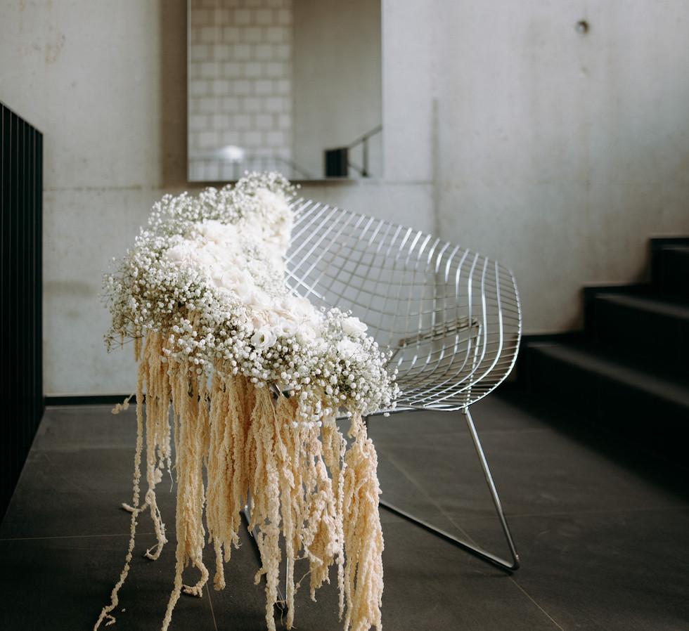 Bertoia Diamond Chair_Bridal Bouquet_GAE