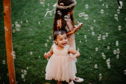 Switzerland city wedding_happy kids